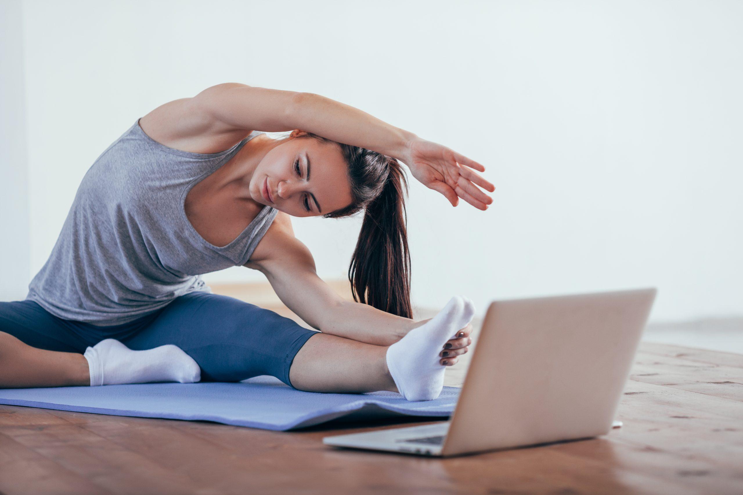 Yoga en ligne : quels bénéfices ?