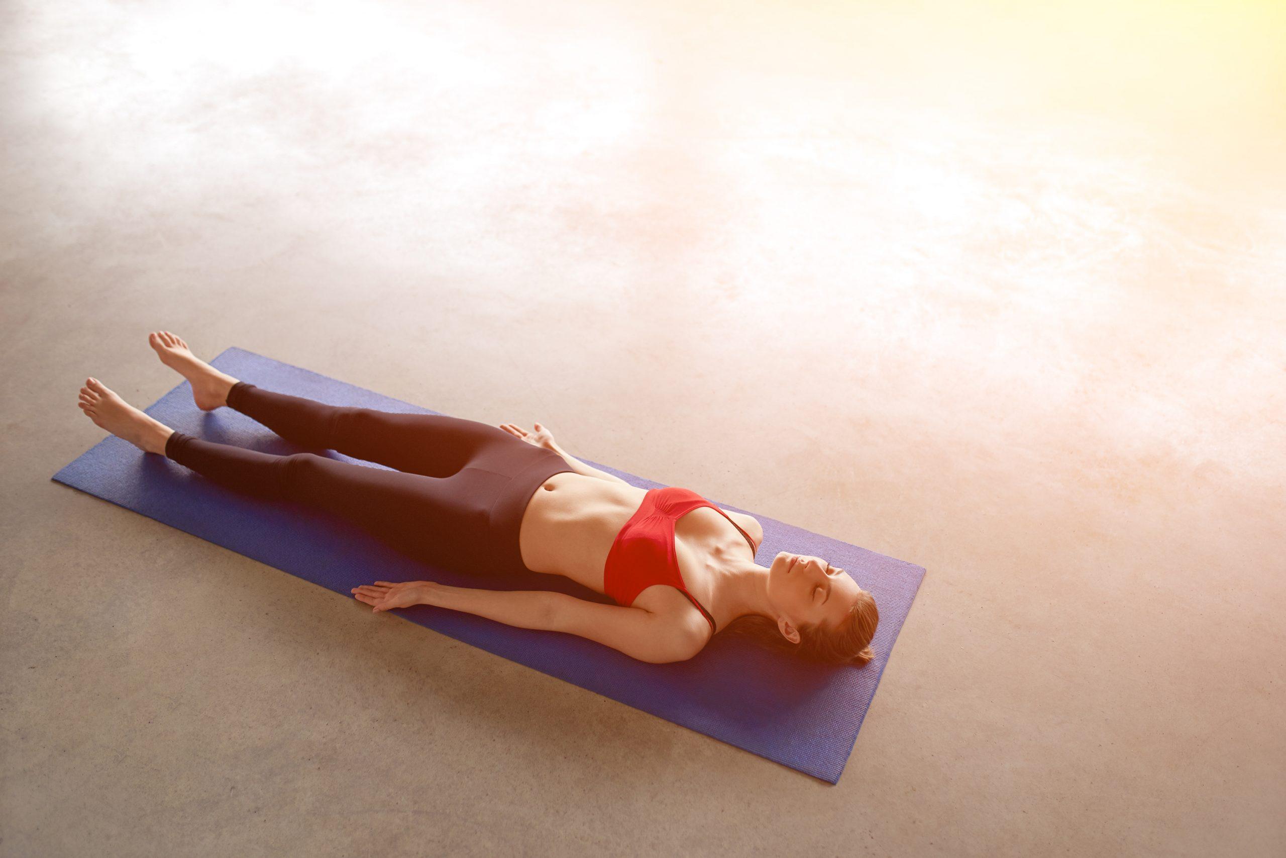 Le yoga nidra : bienfaits et technique mojom